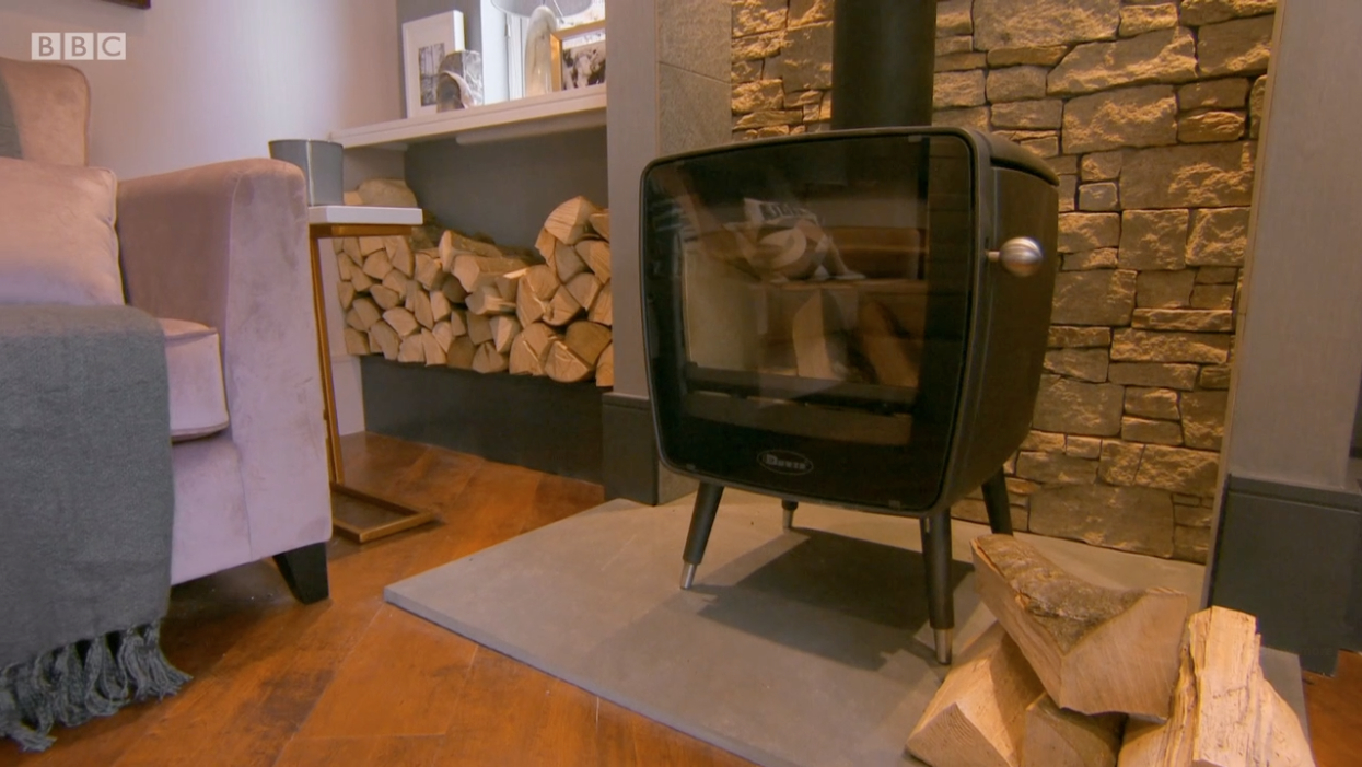 Dovre Vintage 35 wood burning stove featured in DIY SOS: The Big Build – Avening!