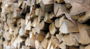 How to choose the right logs for your Dovre wood burning or multi-fuel stove